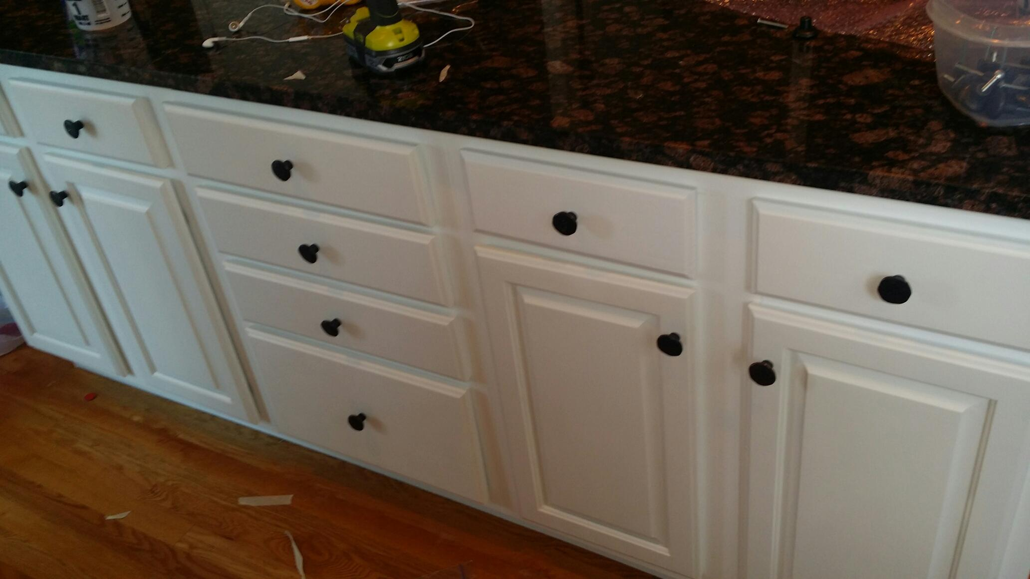 Painting kitchen cabinets denver cabinet refinishing in for Kitchen cabinets denver