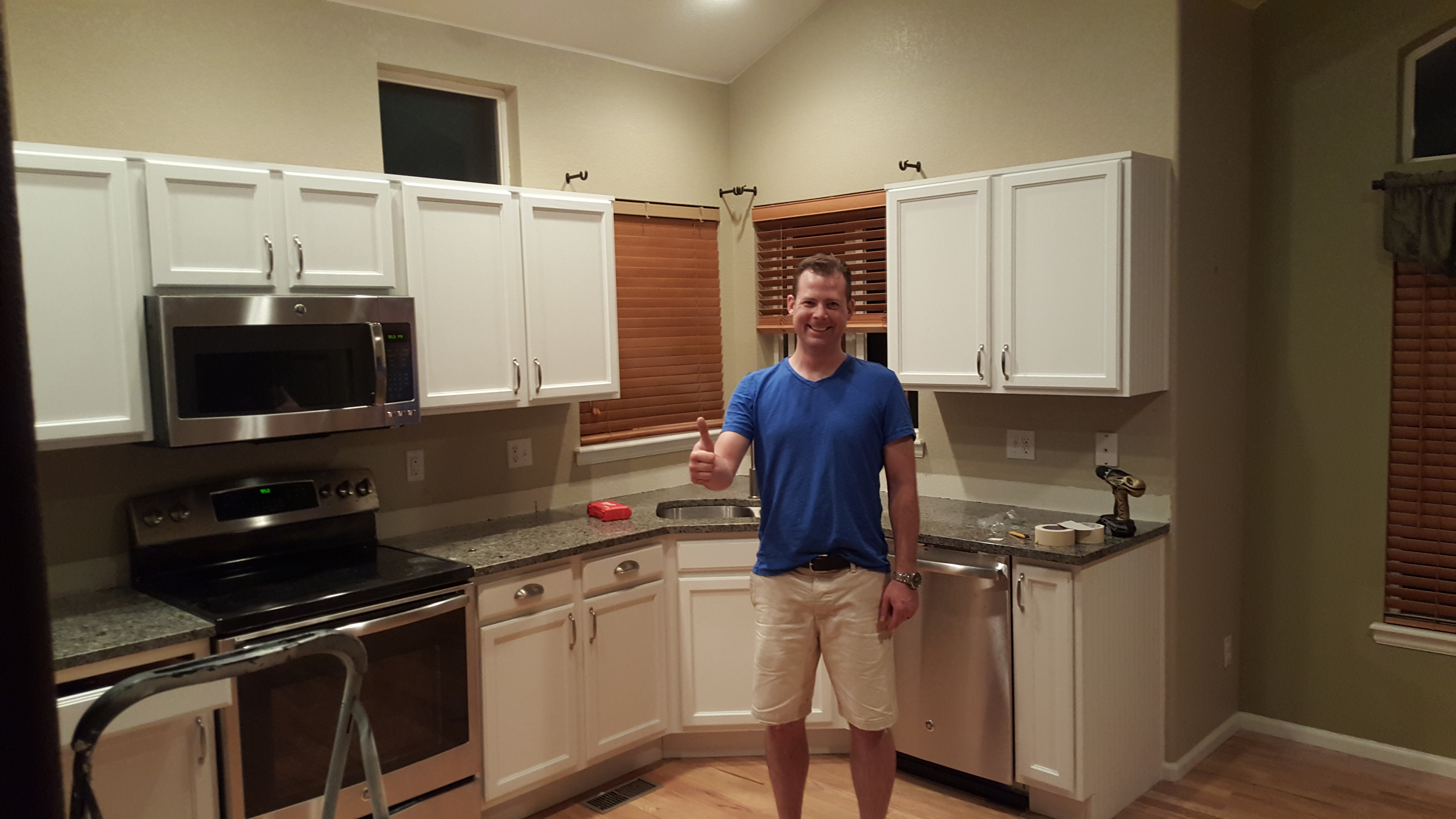 Denver painting kitchen cabinets and cabinet refinishing denver co