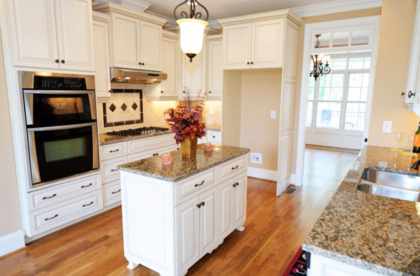 Painting kitchen cabinets and cabinet refinishing denver for Painting kitchen cabinets
