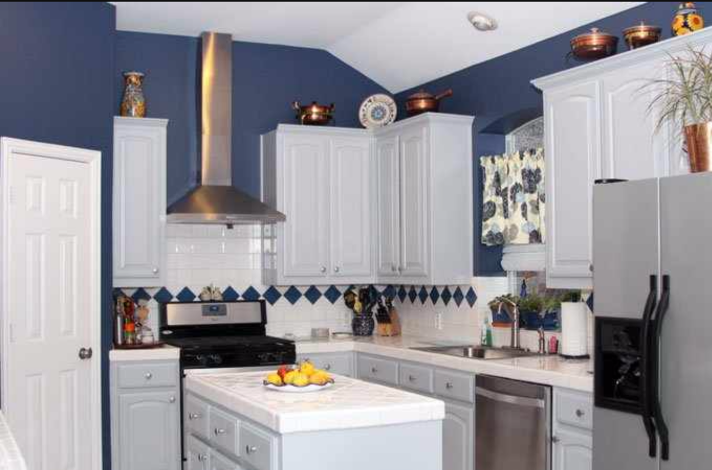 Kitchen Cabinet Painting - Painting Kitchen Cabinets and ...