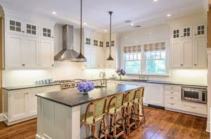 Kitchen cabinet painting and cabinet refinishing in Denver, Colorado